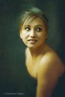 illustration-fotorealistisch-junge-dame-1