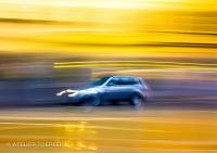 Eiliges Fahrzeug fotografischer Impressionismus, impressionistische Fotografie Slow Speed