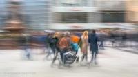 Menschen in der Fussgängerzone fotografischer Impressionismus, impressionistische Fotografie Slow Speed