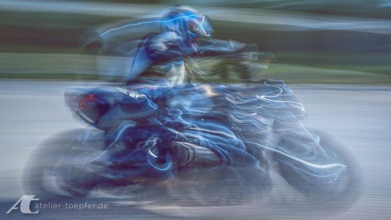Slowspeed Motorradtraining Schräglage
