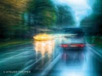 Verkehr im Regen fotografischer Impressionismus, impressionistische Fotografie Slow Speed
