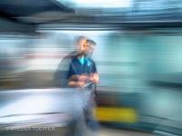Impressionistische Fotoaufnahme in einer Autowerkstatt